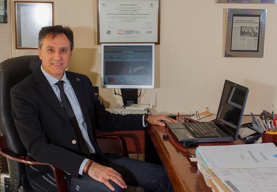 Juan Antonio Hipólito Domínguez_En mi despacho